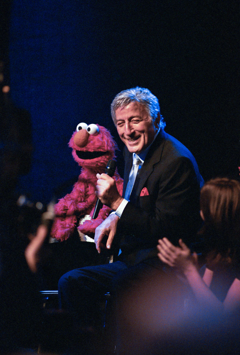 Elmo with TonyBennett